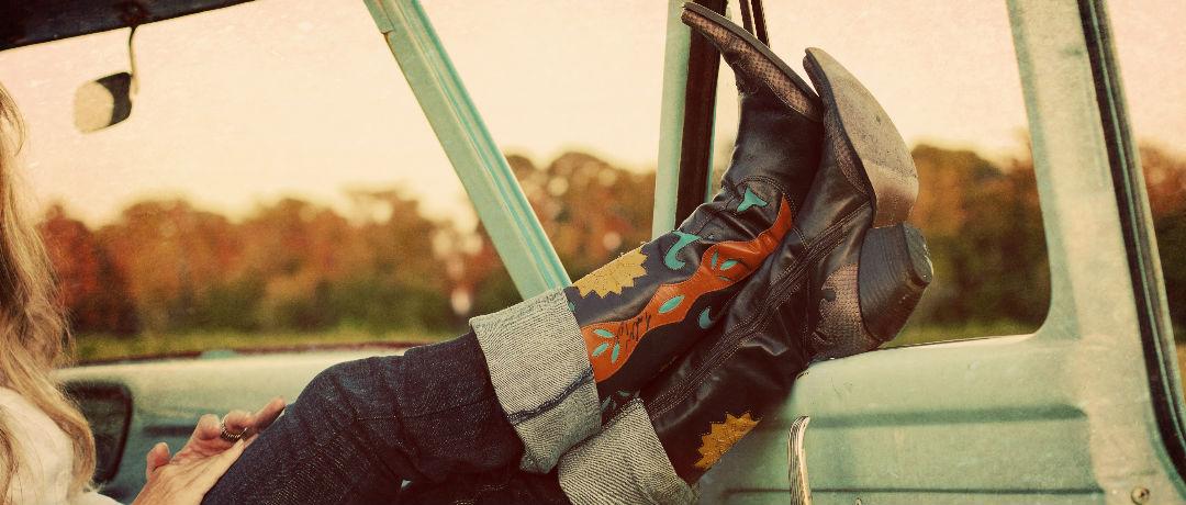 tipos e diferencas entre as botas country femininas